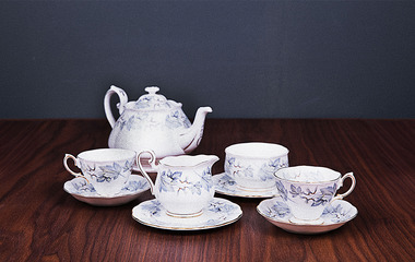 Antique tea set 03