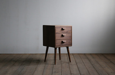 Curvo. side table 02